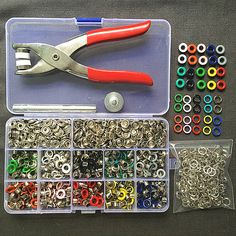 Cheap fastener nut, Buy Quality tool instrument directly from China fastener setting tools Suppliers: Eyelets 10 Colors Prong Snap Buttons Fasteners Press Studs Poppers Eyelets Sewing Tools, Sewing Crafts, Sewing Projects, Scrapbooking Diy, Brother Knitting Machine, Diy Accessoires, Types Of Buttons, Green Copper, Sewing A Button