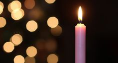 """Há um tempo escrevi um artigo dizendo sobre a """"Magia das velas"""". Que as velas têm propriedades mágicas (por sua luz, sua significância e cor) todos nós sabemos e se não sabemos já ouvimos falar. Diante de tal magia e sabendo que 2017 será um ano em que a regência do AMOR e das parcerias estará em alta, explicarei"""