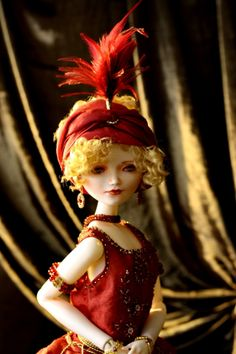 """Madlen /ZiegfeldGirl. porcelain, 23"""" by Oksana Saharova"""