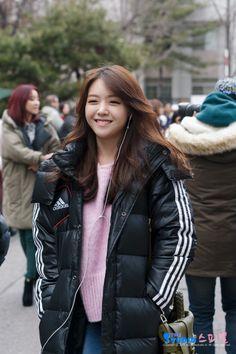 Minah - Girl's Day Airport Fashion, Airport Style, Bang Minah, Girls Day Minah, Hyeri, Girl Sday, Red Carpet Fashion, Gd, Diy Fashion