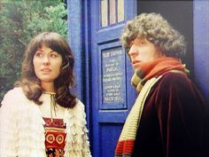 Elisabeth Sladen and Tom Baker. Classic Doctor Who, New Doctor Who, Hollywood Stars, Classic Hollywood, Sarah Jane Smith, Sci Fi Series, Torchwood, Time Lords, Dr Who