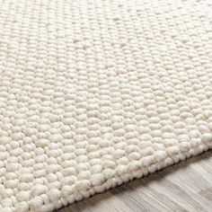 cream chunky area rug Cream Area Rug, Beige Area Rugs, Cream Rugs, Farmhouse Area Rugs, Living Room Area Rugs, Polyester Rugs, Rug Texture, Hand Tufted Rugs, White Rug