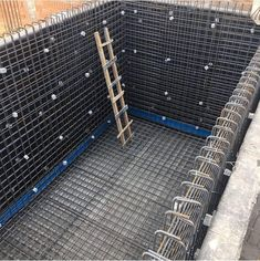 Concrete Footings, Concrete Stairs, Reinforced Concrete, Civil Engineering Design, Civil Engineering Construction, Building A Swimming Pool, Swimming Pool Construction, Rebar Detailing, Building Foundation