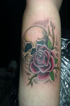 #skull #pretty #color #blackandgrey #tattoo #studio13tattoomg