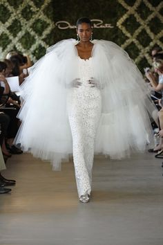 Guyssss I found my cover-up for the wedding! No way I'll be cold now!