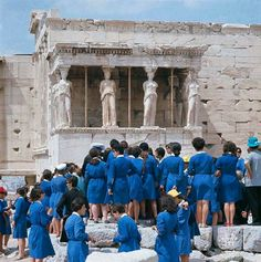 1968 view of a party of school children standing together in front of the six figure Caryatid porch of the Erechtheion temple, located on the north side of the Acropolis of Athens in Greece. Get premium, high resolution news photos at Getty Images Old Photos, Vintage Photos, Greece History, Best Cities In Europe, Greece Pictures, Greece Photography, Acropolis, Photo Story, Athens Greece
