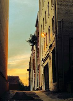 Alley Light by Ann Weis on 500px