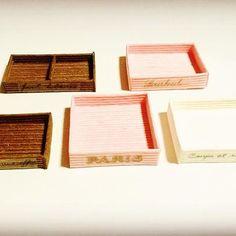 #ミニチュアトレー #ミニチュア箱 #新作は茶色 #文字 #ちょっと #変えてみた #作るの楽しい #miniaturebox #handmade #kawaii