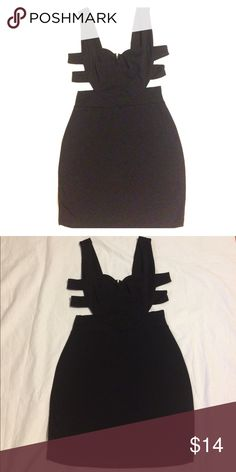 Party Dress W/ Cutouts Black party 🎉 dress with ribbed cutouts. Forever 21 Dresses Mini