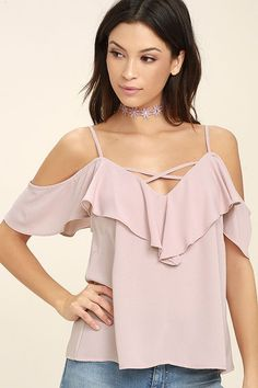 Put on your favorite song and lose yourself in the music in the Sing It Now Blush Pink Off-the-Shoulder Top! A lightweight poly off-the shoulder top with adjustable straps. Cute Simple Outfits, Classy Outfits, Stylish Outfits, Girl Outfits, Fashion Outfits, Fashion 2017, Style Fashion, Fashion Trends, Blush Pink Top