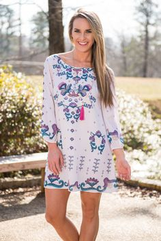 Come On Over Dress, White || This adorable dress has some fabulous colors in an amazing print! Plus, the fit as beautifully loose and flowing! So, come on over to the adorable side! You know it looks good on you!