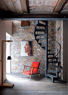 A modern looking family home - Marie Claire Maison - arabic styla Spiral Staircase, Staircase Design, Style At Home, Loft Design, House Design, Deco Design, Interior Architecture, Interior And Exterior, House Stairs