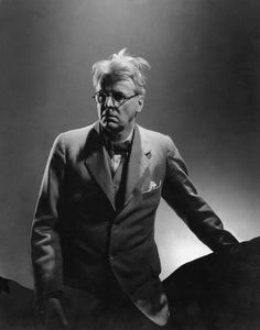 1932 William Butler Yeats - Irish poet and dramatist. Nobel Prize for Literature Photo by Edward Steichen. William Butler Yeats, Edward Steichen, Vanity Fair Magazine, Writers And Poets, Portraits, Three Piece Suit, Online Art, Photo Sessions, Bible