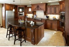 Showplace Cabinetry - traditional - kitchen cabinets - tampa - by Farrell Home Services, Inc.