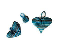 Trois suspensions en tissus à suspendre dans les tons bleus et marron - chambre enfant, maison ou sapin de Noël : Chambre d'enfant, de bébé par le-chas-inspire
