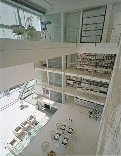 La Voile | Interiors | Design Services | Foster + Partners