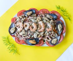 Mariscos Beans, Vegetables, Food, Seafood, Studio, Vegetable Recipes, Eten, Veggie Food, Prayers