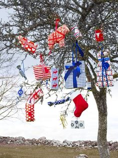 decorate an outside tree