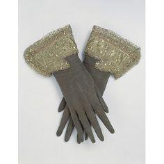 gloves c. 1660