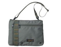 023-9357のコピー2 Crossbody Bags For Travel, Crossbody Messenger Bag, Pouch Bag, Backpack Bags, Simple Bags, Best Bags, Nylon Bag, Cloth Bags, My Bags