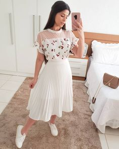 Swans Style is the top online fashion store for women. Shop sexy club dresses, jeans, shoes, bodysuits, skirts and more. Modest Outfits, Classy Outfits, Skirt Outfits, Chic Outfits, Spring Outfits, Casual Dresses, Cute Fashion, Modest Fashion, Fashion Dresses