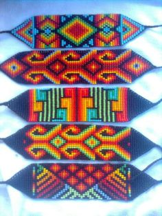 Beaded Braclets, Bead Loom Bracelets, Beaded Bracelet Patterns, Bead Loom Designs, Beadwork Designs, Native Beadwork, Native American Beadwork, Seed Bead Patterns, Beading Patterns