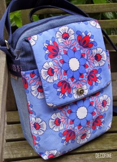 Tasche zum Teil aus alter Jeans / Bag partly made from old pair of jeans / Upcycling