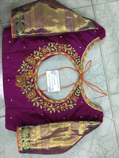 Sudhasri hemaswardrobe Wedding Saree Blouse Designs, Best Blouse Designs, Pattu Saree Blouse Designs, Simple Blouse Designs, Stylish Blouse Design, Blouse Neck Designs, Maggam Work Designs, Designer Blouse Patterns, Work Blouse