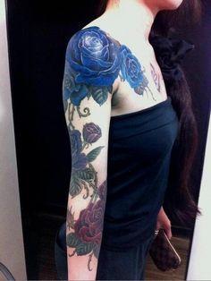 Blue Roses by Gakkin Tattoo Kyoto Japan. Neue Tattoos, Body Art Tattoos, Girl Tattoos, Sleeve Tattoos, Skull Tattoos, Rose Tattoo On Arm, Blue Rose Tattoos, Flower Tattoos, Dahlia Tattoo