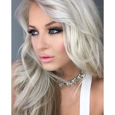 #babsbeauty_ looking absolutely stunning, as always! Wearing our Lucy Crystal Collar