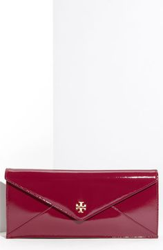 tory burch envelope clutch. want want want