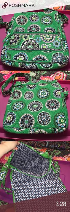 Vera Bradley cupcake green old style mailbag EEUC large bag. Outside front has a zip pocket. Magnetic flap closure, under flap is a zip pocket with 4 credit card slots and 3 slip pockets. Main compartment has a zip closure. Inside 3 slip pockets. Vera Bradley Bags Crossbody Bags