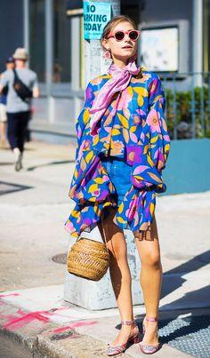 jenny-walton-by-styledumonde-street-style-fashion-photography ᘡℓvᘠ □☆□ ❉ღ // ✧彡●⊱❊⊰✦❁❀ ‿ ❀ ·✳︎· TH MAY 25 2017 ✨ ✤ ॐ ⚜✧ ❦ ♥ ⭐ ♢❃ ♦♡ ❊ нανє α ηι¢є ∂αу ❊ ღ 彡✦ ❁ ༺✿༻✨ ♥ ♫ ~*~ ♆❤ ☾♪♕✫ ❁ ✦●↠ ஜℓvஜ . Estilo Fashion, Moda Fashion, Fashion Week, Street Fashion, Net Fashion, 1950s Fashion, Fashion Vintage, Fashion 2018, Dress Fashion