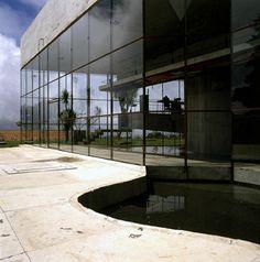 ARQUIMASTER.com.ar | Arquitectos destacados: PAULO MENDES DA ROCHA, Premio Pritzker de Arquitectura 2006 | Web de arquitectura y diseño