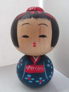 Japanese-wooden-doll-KOKESHI-Sosaku-Daruma-Girl-KOKESHI-14cms