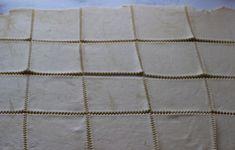 munariisipasteijat-vaihe-2 Tile Floor, Flooring, Texture, Crafts, Surface Finish, Manualidades, Tile Flooring, Wood Flooring, Handmade Crafts