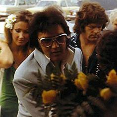 Elvis & Linda 1974?