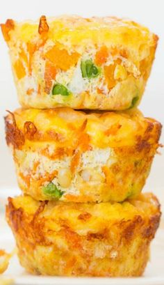 100-Calorie Cheese, Vegetable and Egg Muffins (GF) - Healthy, easy & only 100 calories! You'll want to keep a stash on hand! @averie