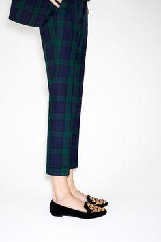 Plaid blazer, Plaid Pant, Smoke Shoes. Genius.