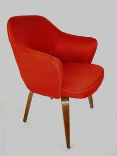 Vintage Eero Saarinen Executive Chair