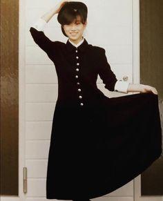 내가 요즘 제일 좋아해 : 나카모리 아키나 : 네이버 블로그 Aesthetic Japan, Last Dance, Lovely Dresses, 80s Fashion, Pretty People, Cute Girls, Retro Vintage, High Neck Dress, Poses