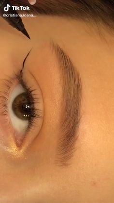 Edgy Makeup, Makeup Eye Looks, Eye Makeup Steps, Eye Makeup Art, Natural Eye Makeup, Eyeshadow Makeup, Makeup Tutorial Eyeliner, Makeup Looks Tutorial, Makeup Order