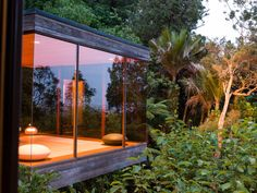 The Brake House is a mid-century architectural masterpiece in Titirangi. It was designed by Ron Sang for internationally recognised New Zealand photographer Brian Brake. Glass Pavilion, Outdoor Furniture, Outdoor Decor, New Zealand, Mid Century, Cabin, Architecture, Gallery, Design