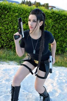 Goddess of Cosplay: beautiful italian cosplayer Giada Robin as Lara Croft from Tomb Raider (movie version).