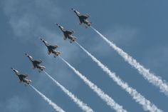 Thunderbirds, the USAF Air Demonstration Squadron at Fort Worth's Alliance Air Show.