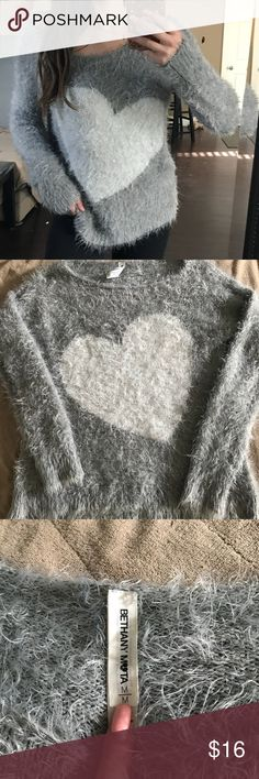 Fuzzy Heart Sweater In great condition. Super comfy and not itchy Aeropostale Sweaters