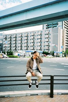 Fashion Shoot, Boy Fashion, Mens Fashion, Shuhei Nomura, Film Man, Instagram Pose, Japanese Boy, Skater Style, Photography Lessons