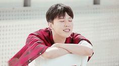 I feel wind #GDRAGON #KwonJiYong #GIF [owner]
