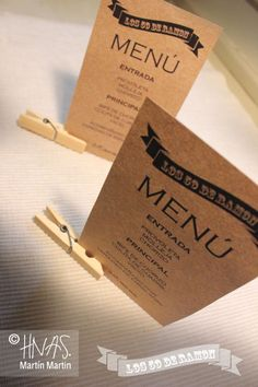 Menú + broche de bambú