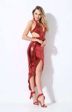 Women's Fashion Dresses, Sexy Dresses, Nice Dresses, Girl Fashion, Long Sequin Dress, Metallic Dress, Red Colour Dress, Pakistani Dress Design, Cute Girl Outfits